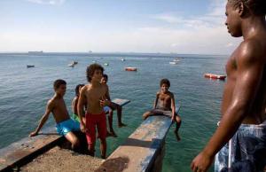 Neto Cabeça, na ponta do Trampolim, é o melhor saltador do Trampolim na vida real